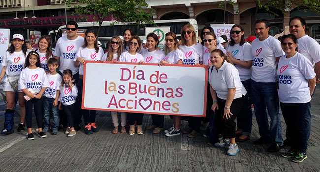 The 2016 Good Deeds Day celebration in Panamá, organized by Voluntarios de Panamá, JUPA and B'nai Brith, drew more than 17,000 volunteers.