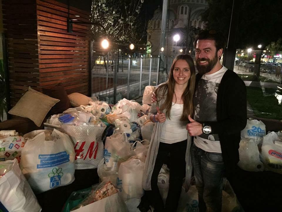 Alkisti Macrynikola and Apostolos Balatsouras, assistant manager of Vivartia - FLOCAFE coffee shop, which hosted a hygiene kit packing project in partnership with Ethelon.