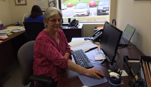 Linda Zampelli volunteering