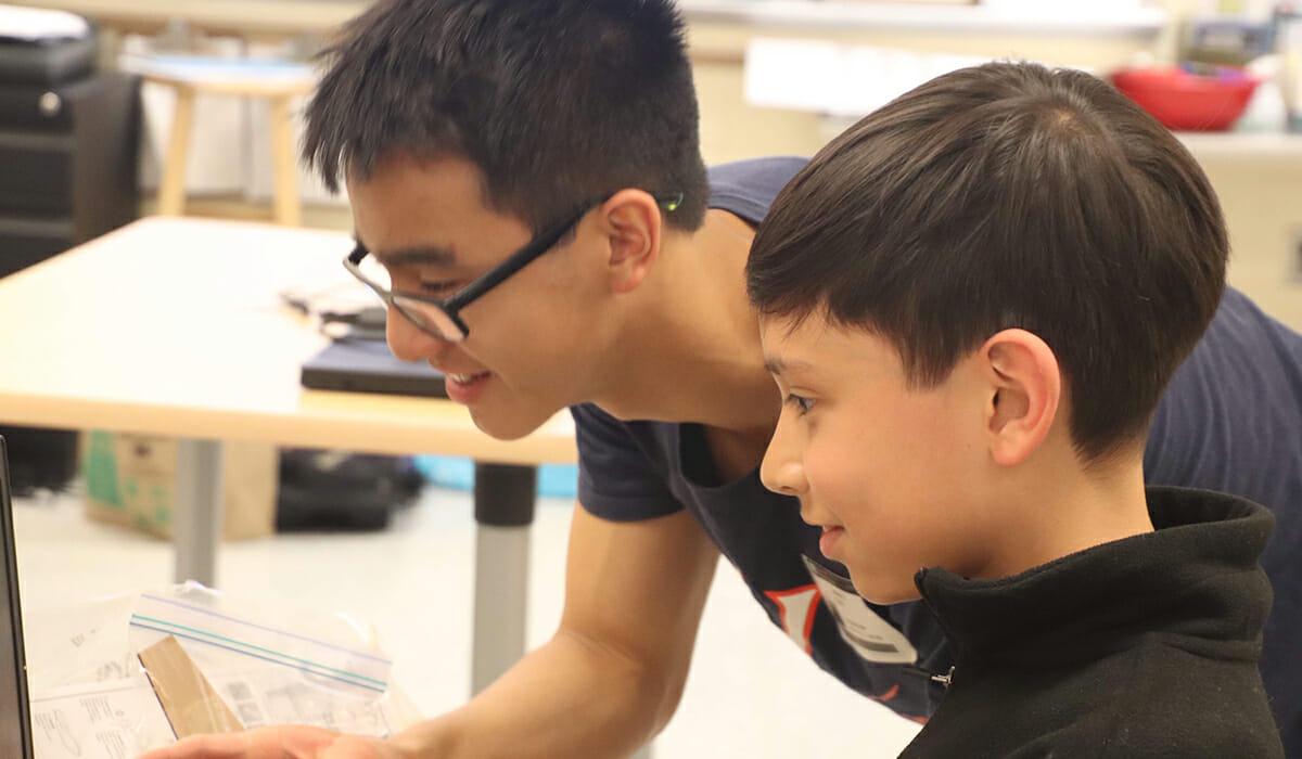 Rayan Yu & Andrew Tran Daily Point of Light Award Honoree