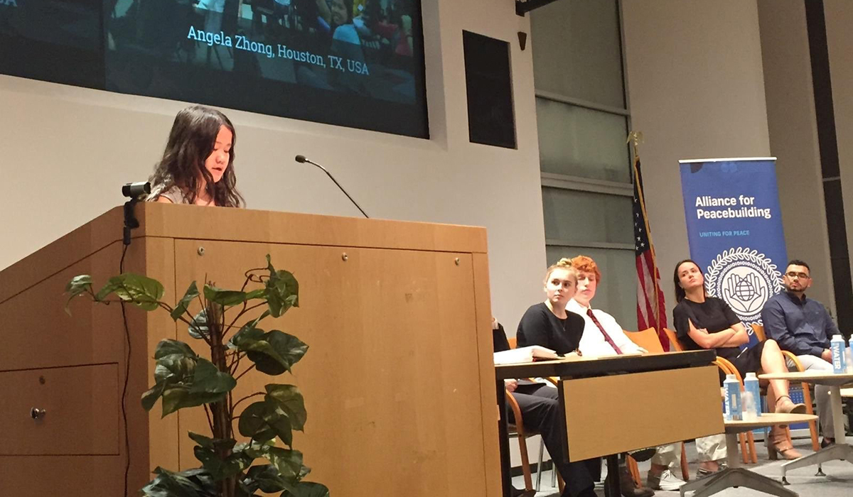 Angela Zhong Daily Point of Light Award Honoree